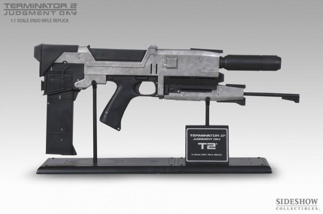 TERMINATOR 2: JUDGMENT DAY Life Size 40 Watt Endo Plasma Rifle Prop Replica