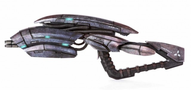 Life Size MASS EFFECT 3 Geth Pulse Rifle Triforce